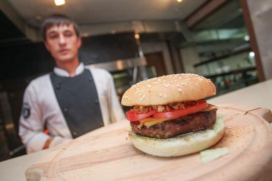 Фото как сделать дома гамбургер